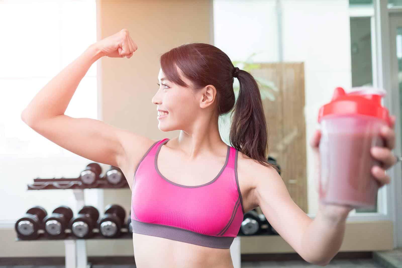 A növényi fehérjék fogyasztása támogatja az izomépítést és a zsírégetést