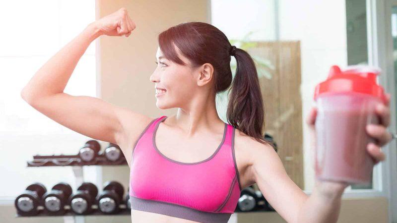 Konzumácia rastlinných bielkovín podporuje rast svalstva a spaľovanie tukov